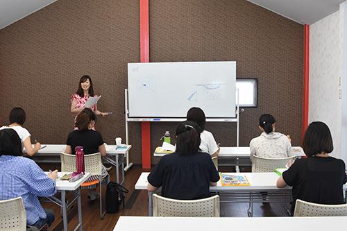 有宮里夏のVENUS・Life School